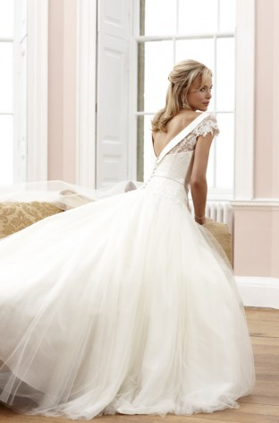 Wedding Dress Shop Cheltenham, Sassi Holford coming to Montpellier in Gloucestershire