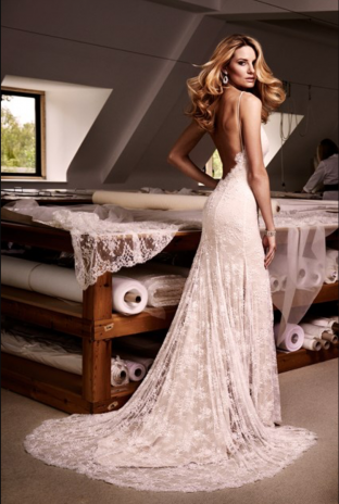 Sarah Elizabeth Bridal is hosting an exclusive Caroline Castigliano Designer weekend on Friday 26th and Saturday 27th February 2016, in Montpellier, Cheltenham.